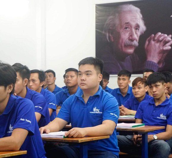 VATC – Khai giảng lớp học sửa chữa điện ô tô toàn diện