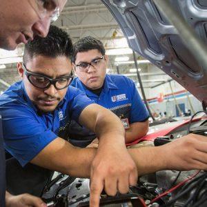 Học sửa chữa điện ô tô chuyên nghiệp ở đâu